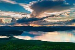 Piękny wschód słońca w zatoce Vladimir Zdjęcie Stock