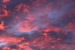 Piękny wschodu słońca niebo z chmurami Zdjęcie Stock