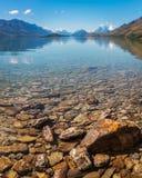 Piękny wysokogórski widok od brzeg Jeziorny Wakatipu, Nowa gorliwość Zdjęcia Royalty Free