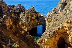 Piękny zawala się w Algarve, Portugalia Zdjęcie Stock