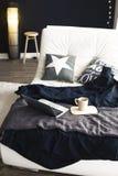 piękny zbliżenia szczegółów wnętrza talerza stołu rocznik drewniany Zdjęcie Royalty Free