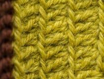 Piękny zbliżenie ręcznie robiony szydełkuje wzór kolorowa wełny przędza Miękka część i ciepła naturalna barania wełna Fotografia Royalty Free