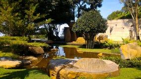 Piękny zen ogród z skałami Fotografia Stock