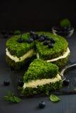 Piękny zieleń tort z szpinakiem Fotografia Royalty Free