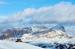 Piękny zimy góry krajobraz. zdjęcia royalty free