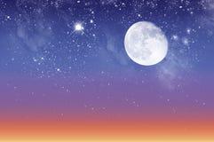 Piękny zmierzch i gwiaździsty niebo obraz stock