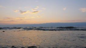 Piękny zmierzch na Dennym wybrzeżu zbiory wideo