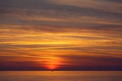 Piękny zmierzch na morzu śródziemnomorskim Obrazy Stock