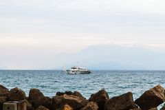Piękny zmierzch nad jeziornym Gardą Włochy zdjęcie stock
