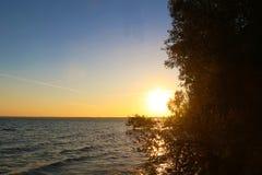 Piękny zmierzch przy Jeziornym Chiem Chiemsee, Bavaria, Niemcy obrazy stock