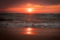 Piękny zmierzchu gradient na plaży w Pawleys wyspie, Południowa Karolina fotografia royalty free