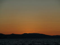 Piękny zmierzchu niebo nad Północnym morzem przed północą Bergen, Norwegia Zdjęcie Stock