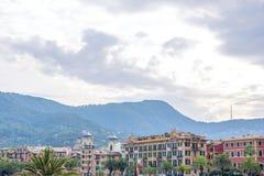 Piękny zmierzchu widok budynki i niebo Santa Margherita Ligure obraz stock