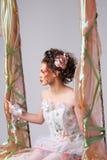 pięknych ślicznych fryzury kędziorków wzorcowy portreta profilu ślub Fotografia Stock