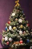 piłek bożych narodzeń barwiony drzewo zdjęcie royalty free