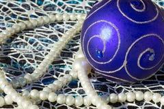 piłka i perły Fotografia Royalty Free