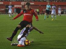 Piłka nożna gracze podczas futbolowego dopasowania między real valladolid i Istnym Mallorca w stadium syn Moix Zdjęcia Royalty Free
