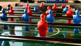 piłka nożna na stół Obrazy Stock