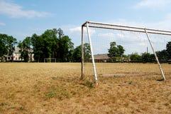 piłka nożna w terenie opuszczonej Obraz Stock