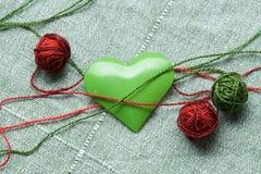 piłki clew zielonego serca żelaza kształt trzy Fotografia Stock