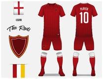 Piłki nożnej bydło lub futbolu zestawu szablon dla futbolu klubu Czerwona futbolowa koszula z skarpety i skrótu egzaminem próbnym Zdjęcia Stock