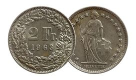 Pi?ce de monnaie suisse 2 de la Suisse deux argent du franc 1963 d'isolement sur le fond blanc photographie stock