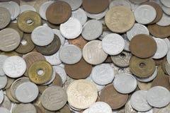 Pi?ces de monnaie de Yens japonais photographie stock libre de droits