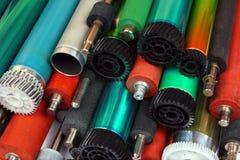 Pi?ces de vieilles imprimantes ? laser Tambours, caoutchouc et axes et rouleaux photosensibles en m?tal image libre de droits