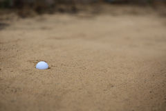 piłka bunker golfa piasku Obraz Stock