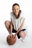 piłka koszykowy samica gracza Zdjęcie Royalty Free