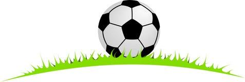 Piłka w trawie Obraz Royalty Free