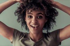 Piękna Afro amerykanina dziewczyna Zdjęcia Stock