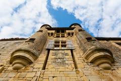 Piękna antykwarska fasada w wiosce Excideuil, Dordogne, Zdjęcie Royalty Free
