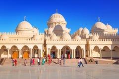 Piękna architektura Hurghada Marina meczet w Egipt Zdjęcie Royalty Free