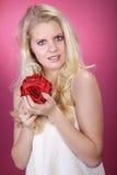 Piękna blondynek wellnes kobieta relaksuje Obraz Royalty Free