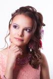 Piękna brunetka w wiosna wizerunku sen Zdjęcie Royalty Free