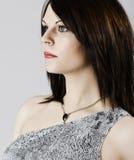Piękna brunetka z zielonymi oczami Fotografia Stock