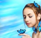 piękna dziewczyna motylia Zdjęcie Royalty Free