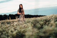 piękna dziewczyna w terenie Obraz Royalty Free