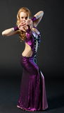 Piękna kobieta tanczy obrazy royalty free