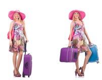 Pi?kna kobieta z walizk? odizolowywaj?c? na bielu fotografia stock