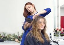 piękna konceptualna fotografii salonu kobieta Zdjęcia Royalty Free