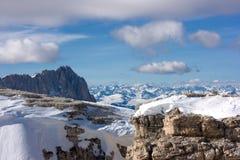 piękna krajobrazowa zimy mountain Zdjęcia Royalty Free