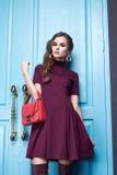 Piękna makeup mody stylu seksowna smokingowa ubraniowa kobieta Zdjęcie Stock