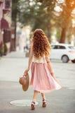 Piękna miastowa kobieta, dziewczyna Zdjęcia Stock