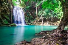 Piękna siklawa, Erawan park narodowy, Tajlandia Fotografia Royalty Free