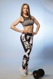 Piękna sport dziewczyna z dumbbells Obraz Royalty Free