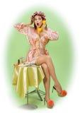 Piękna szpilki dziewczyna w curlers Zdjęcie Stock