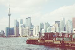Piękna Toronto ` s linia horyzontu nad jeziorem Toronto, Ontario, Kanada obrazy stock