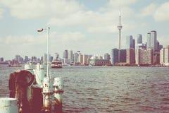 Piękna Toronto ` s linia horyzontu nad jeziorem Toronto, Ontario, Kanada zdjęcie stock